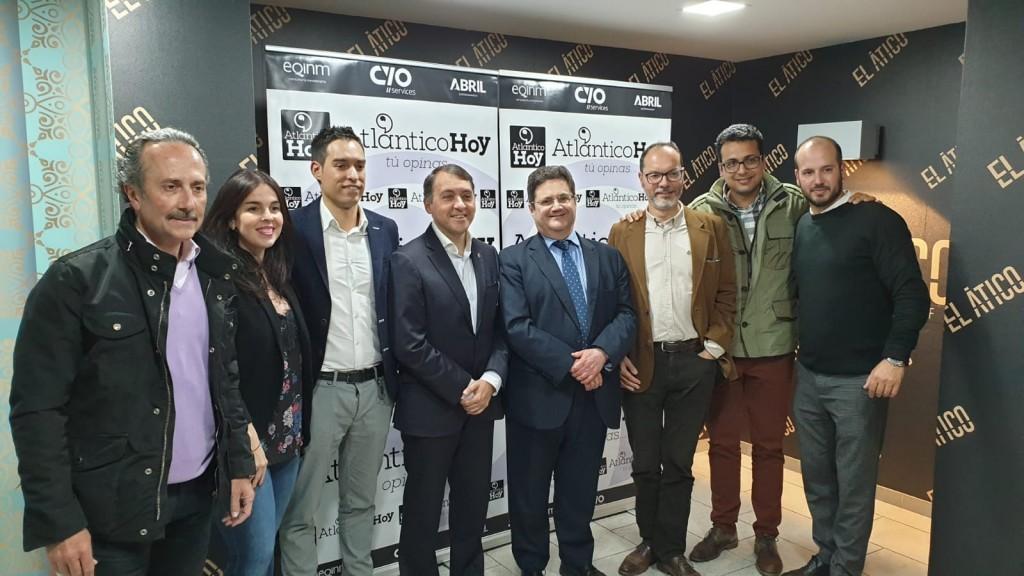 Equipo Panorama Eventos con Alcalde de Santa Cruz